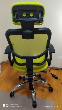 Продам крісло комп'ютерне
