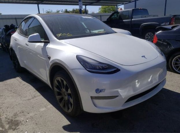 Электромобиль тесла Tesla model Y кроссовер премиум класса