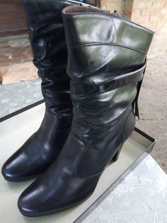 Кожаные итальянские сапоги 40р. Nero Giardini, Италия