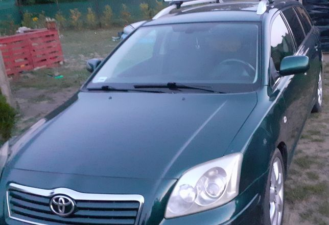 Toyota Avensis T 25 2004.