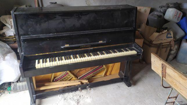 Пианино Украина продам