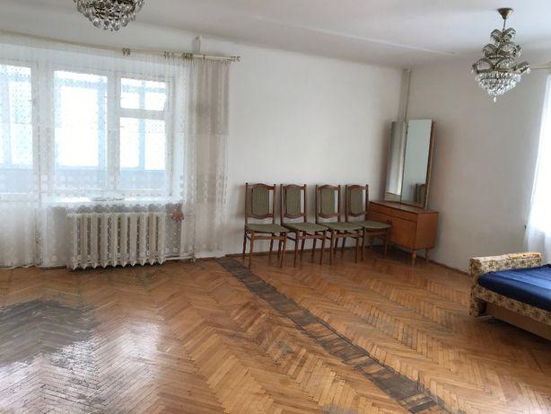 3х кімнатна квартира, 2 пов., вул.Берегова (р-н Нафти і Газу)