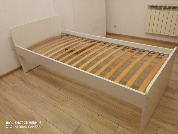Łóżko Ikea stalkt, materac