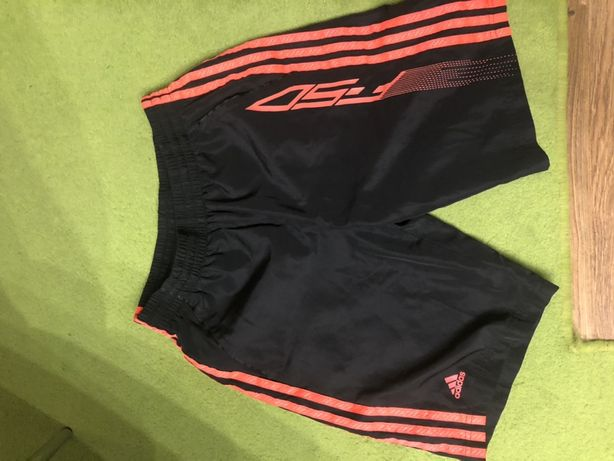 Spodenki Adidas rozmiar 12-15 lat