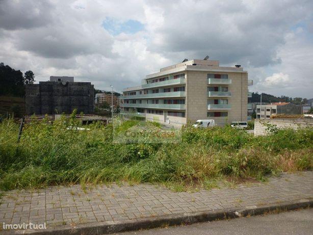 Lote para construção de Moradia em banda em zona nobre da...