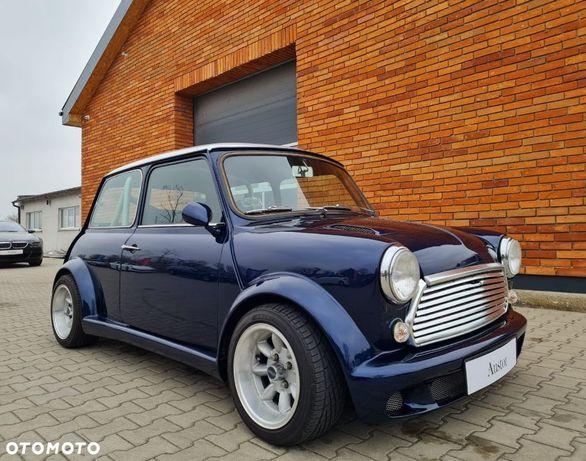 Rover Mini Przebudowane W Koncepcie Wyścigowym.