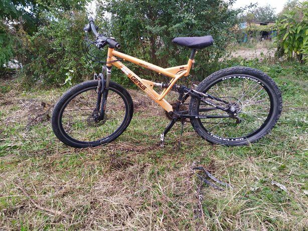 Продам велосипед горний колеса нові розмір 26