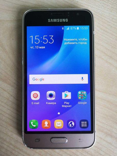 Смартфон Samsung Galaxy J1 J120H (36126)