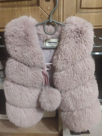 Хутряна жилетка для дівчинки