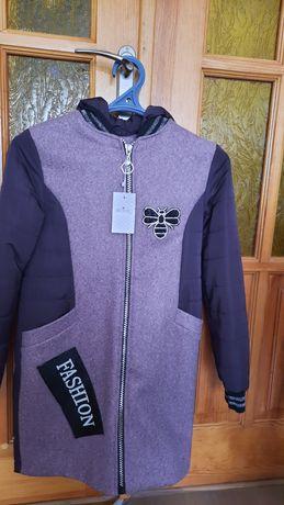 Куртка-пальтишко на дівчинку