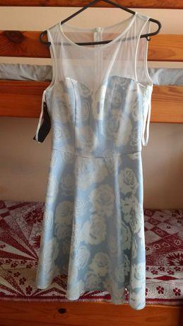 Sukienka midi błękitna niebieska w róże roz 34 XS z halką nowa