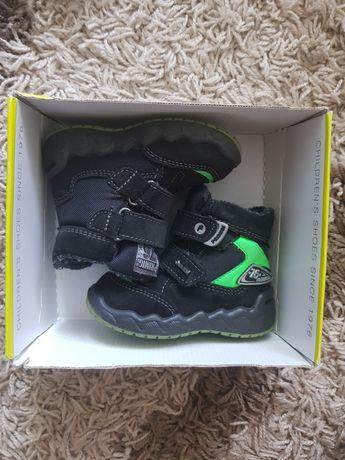 Зимние/Демисезонные ботинки Primigi 21 размер