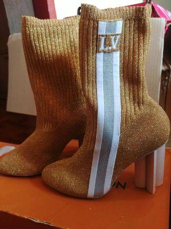 Сапоги-носки Louis Vuitton на фигурном каблуке размер 39 (24,5 см)
