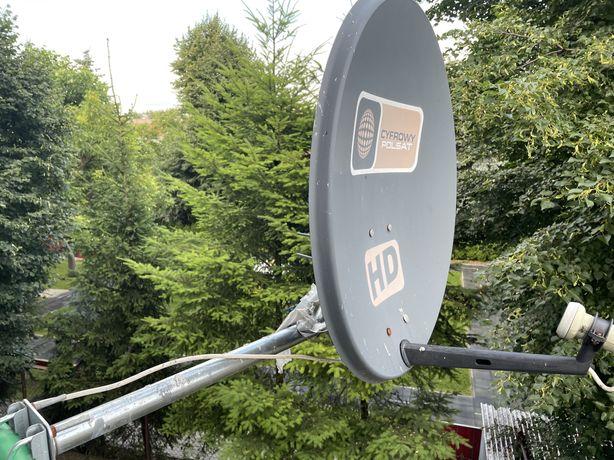 Antena satelitarna Z wysiegnikiem i konwerterem