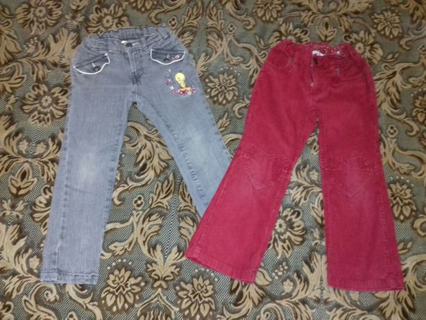 Пакетом яркие штаны джинсы кофта (на 4-5 лет)