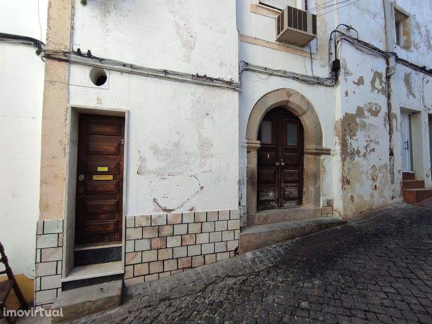 Prédio T2 no Centro Histórico - Elvas