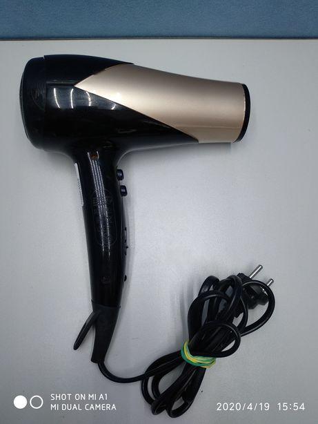 Фен для волос Philips HP8182