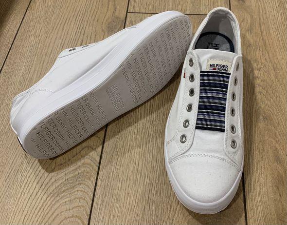 Białe trampki Tommy Hilfiger, rozmiar 39
