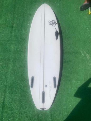 Prancha de surf chilli do Xico Alves