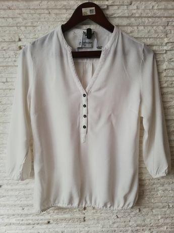 Biała bawelniana bluzka