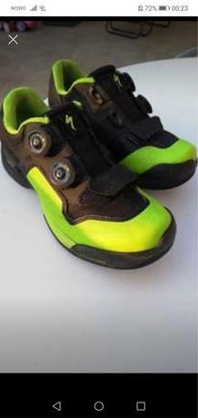 Sapatos SPECIALIZED 2FO como novos
