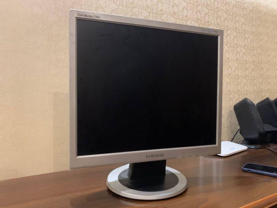 "Монітор 17"" Samsung SyncMaster 710n Луцк - изображение 1"