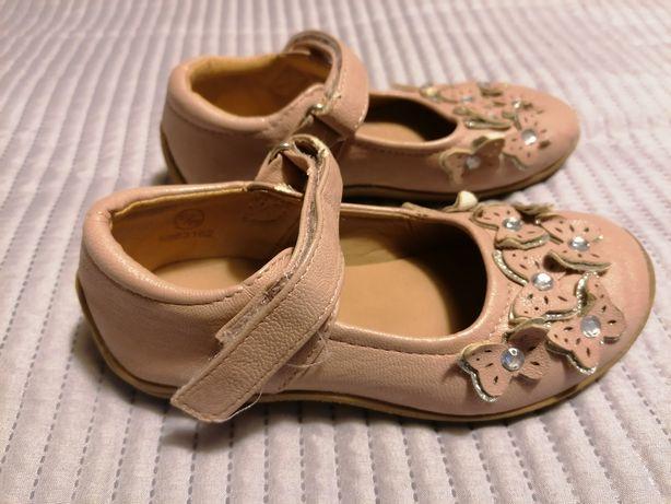 Sapatos menina tam. 24