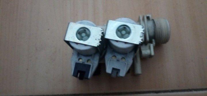 Впускний электромагнитный клапан  к стиральной машине Индезит Indesit Одесса - изображение 1