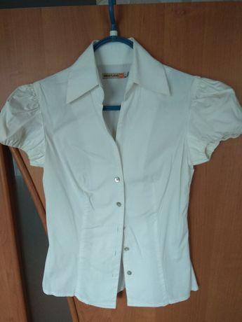Блузка белая приталенная