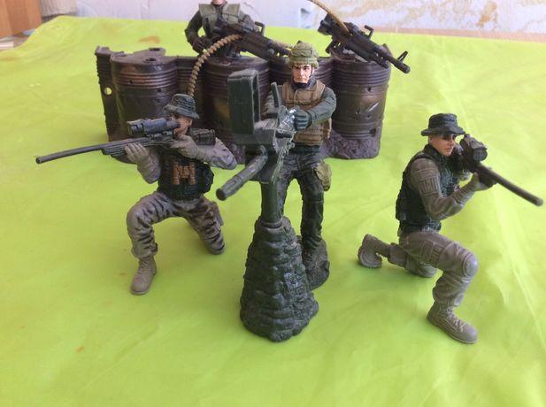 Soldier Force Figuras
