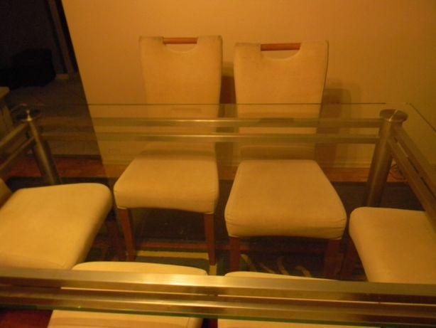 Stół szklany plus 6 krzeseł. 5 marca przeprowadzka
