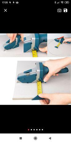 Ferramenta para marcar/ cortar pladur