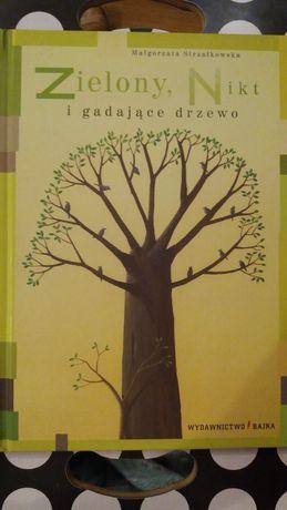 Książka Zielony, Nikt i gadające drzewo.