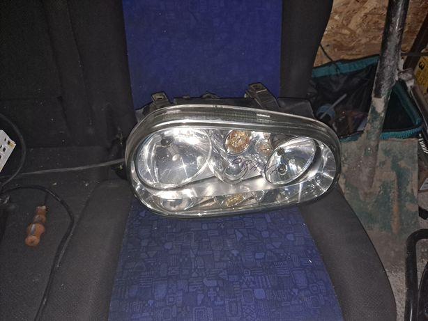 Volkswagen Golf IV lampy przód
