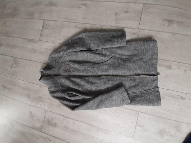 Продам в гарному  стані пальто.
