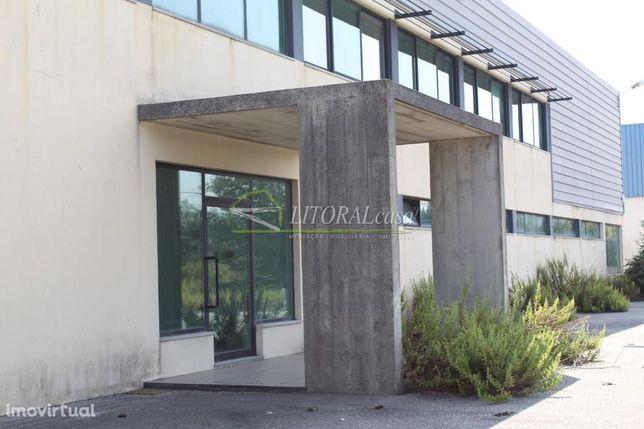 Armazém em Cedrim - Área Coberta 1.355 m2