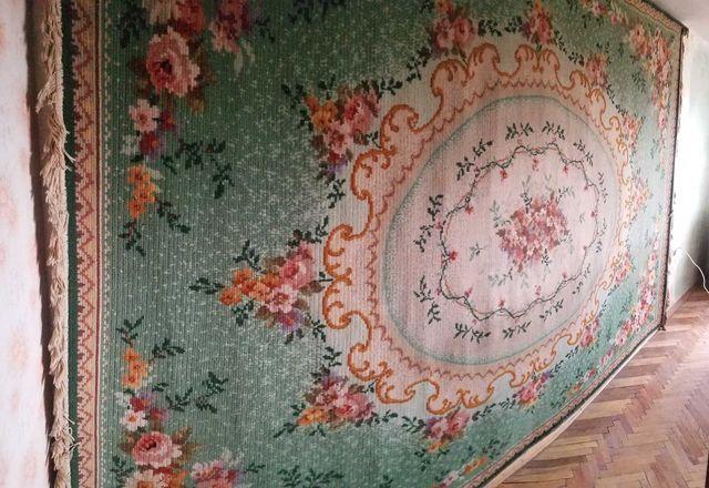 Німецький шерстяний килим