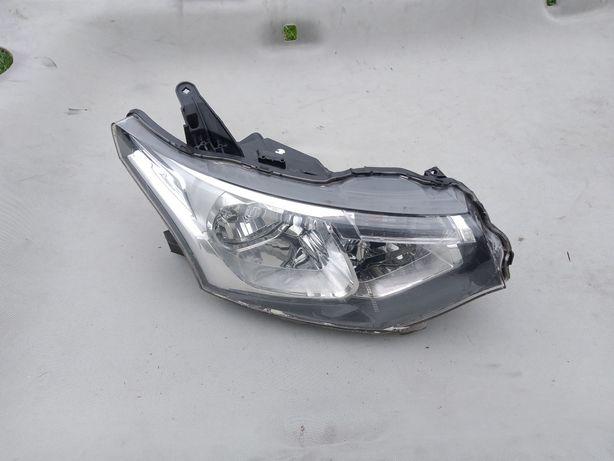 Lampa reflektor Mitsubishi outlander 2 prawa Europa