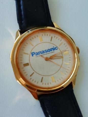 Продам наручные женские часы Panasonic механика позолота