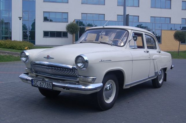 Samochód do ślubu WOŁGA M-21