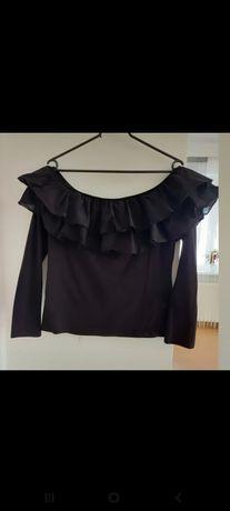 Czarna hiszpanka bluzka na długi rękaw z odkrytymi ramionami