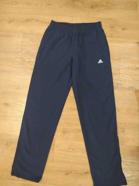 Спортивные штаны ADIDAS размер  M