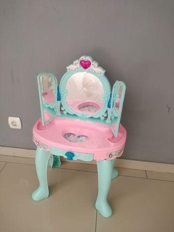 Toaletka  Barbie