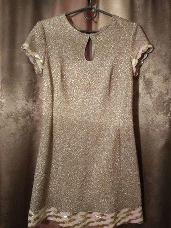 Платье красивое из люрекса