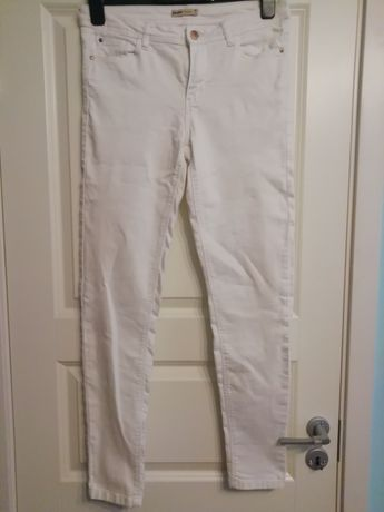 Jeansy białe CROPP