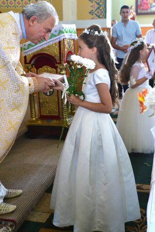 Плаття на причасття.Біле  нарядне плаття