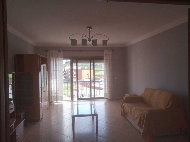 Alugo Apartamento t3 Silves