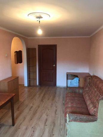 Продам 2-ком. квартиру с официальным инд газ отоплением.Обелиск