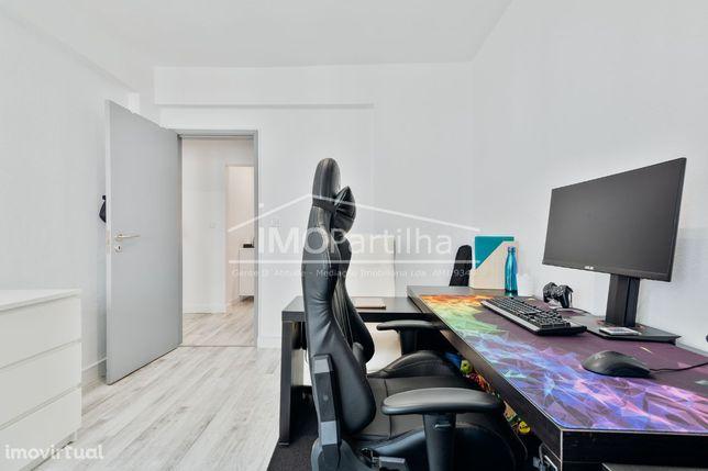 Apartamento T2 Rinchoa (Rio De Mouro) - Totalmente Remodelado