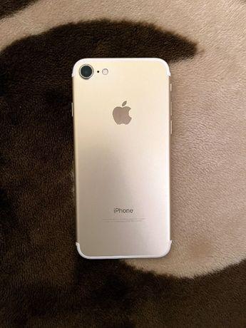 Iphone 7 128 gb. gold neverlock // Айфон 7 128 гб. золотой неверлок